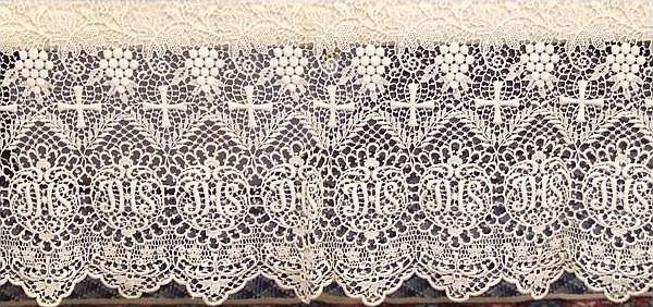 Ecclesiastical Vintage Altar Cloth Linen With Lace