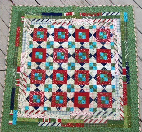 Calico Christmas Quilt Kit