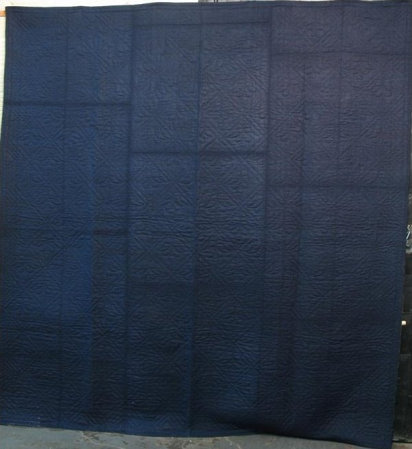 LINSEY WOOLSEY ANTIQUE WHOLE CLOTH QUILT indigo,  diamond grid with tulips