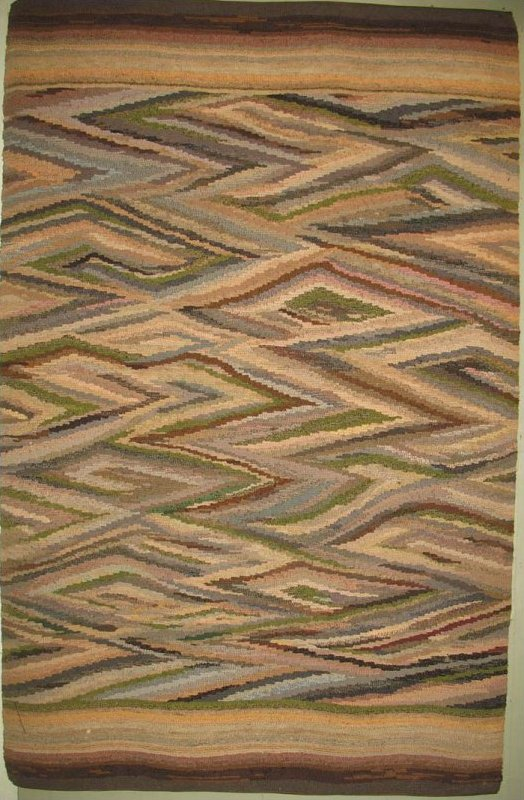 'WEDGE WEAVE ABSTRACT ANTIQUE HOOKED RUG