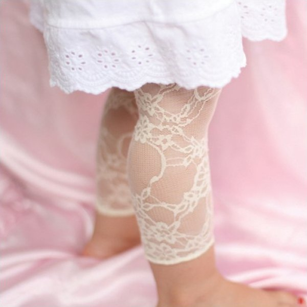Cream Lace baby leggings 0-6m