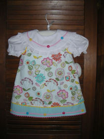 Adorable girl's dress created using a Martha Pullen Pattern - Kids Kloset project photo gallery