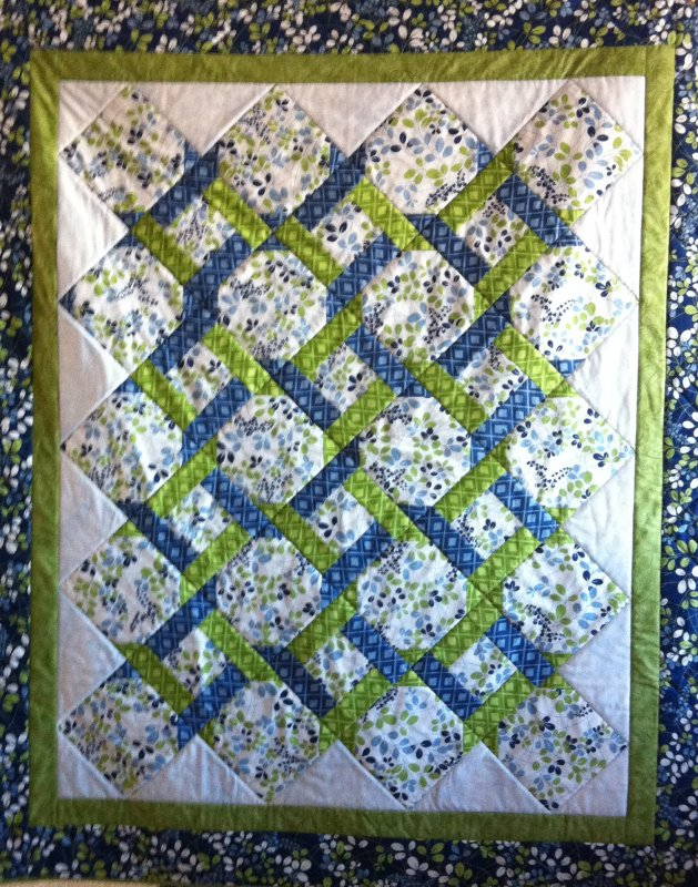 Garden trellis quilt for Garden trellis designs quilt patterns