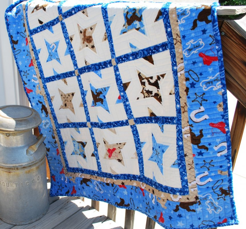 LAST ONE Giddy Up Quilt Kit with pattern as Featured in Oct/Nov 2013 issue of Quilt Magazine