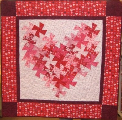 Free Twisted Pinwheel Quilt Pattern : CHARM PACK PINWHEEL QUILT PATTERN Quilts & Patterns