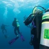 Divers breathing underwater with Nitrox.jpg