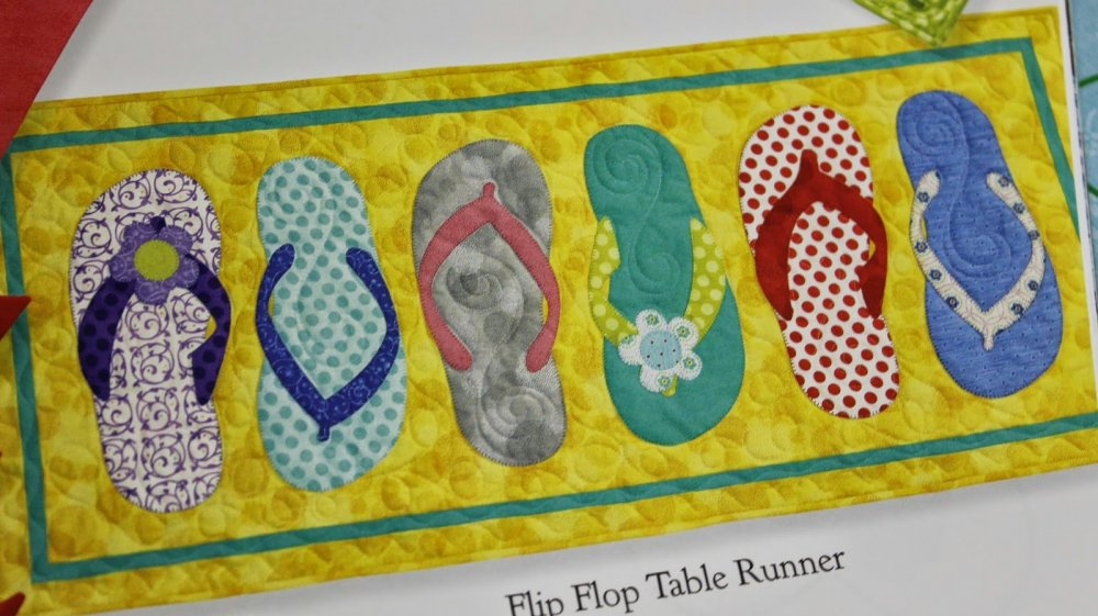 073014 flip flop table runner for What does it mean to flip a house