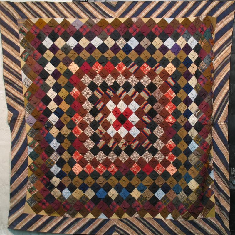 TRIP AROUND THE WORLD 'PUFF' SQUARES ANTIQUE QUILT