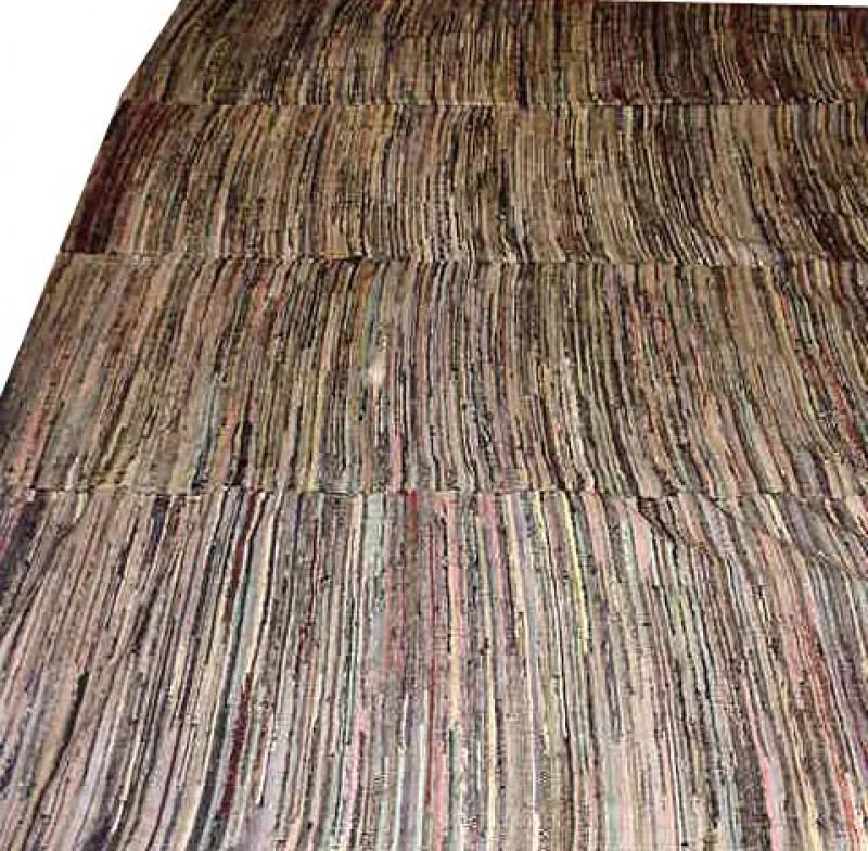 RAG CARPET ANTIQUE, 'HIT OR MISS' VARIEGATION, 4 PANELS