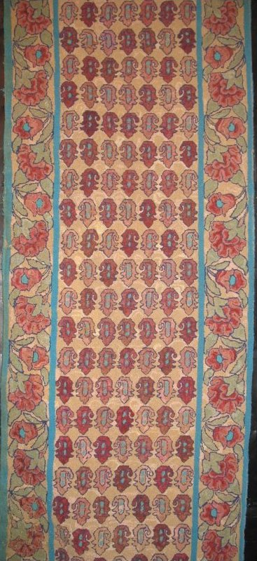 BOTEHS AND ANEMONES ANTIQUE HOOKED RUG