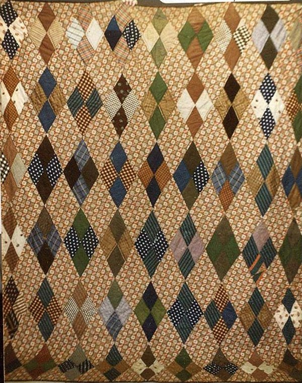 FOUR PATCH DIAMOND WOOL CHALLIS ANTIQUE QUILT