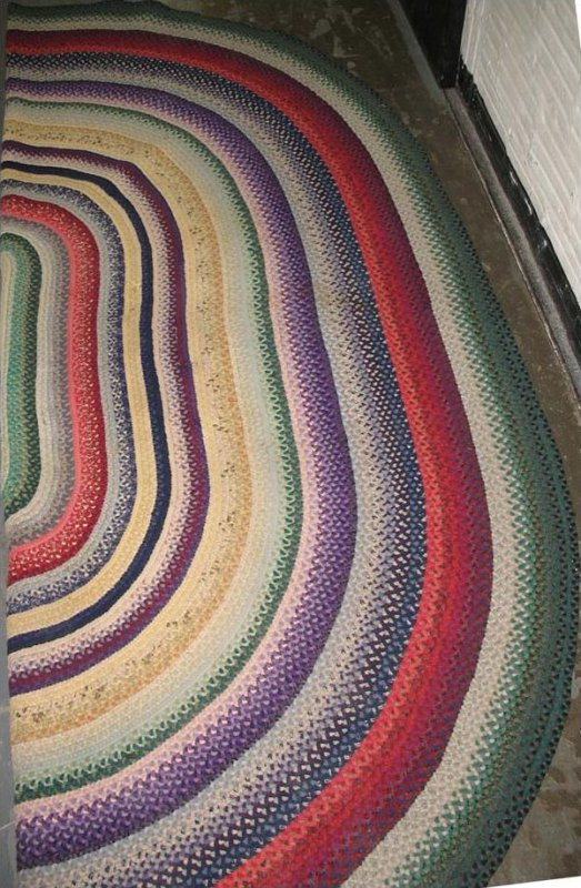 BRAIDED OMBRE COLORS ROOM SIZE RUG