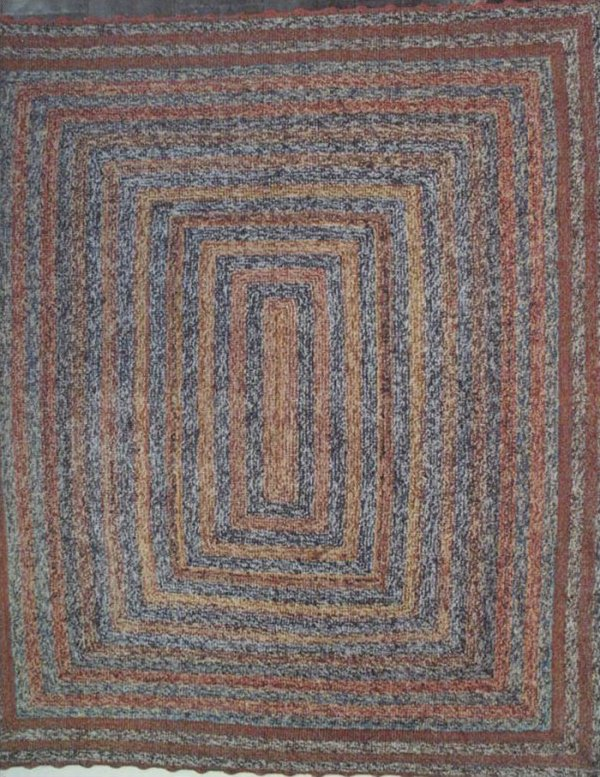 AMISH KNIT RUG concentric rectangles