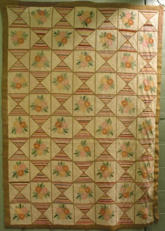 CHETICAMP FLOWERS  AND HOURGLASS SQUARES ANTIQUE HOOKED RUG