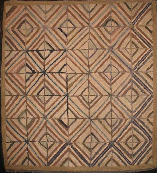 CONCENTRIC NEUTRAL DIAMONDS SQUARE GRID ANTIQUE HOOKED RUG