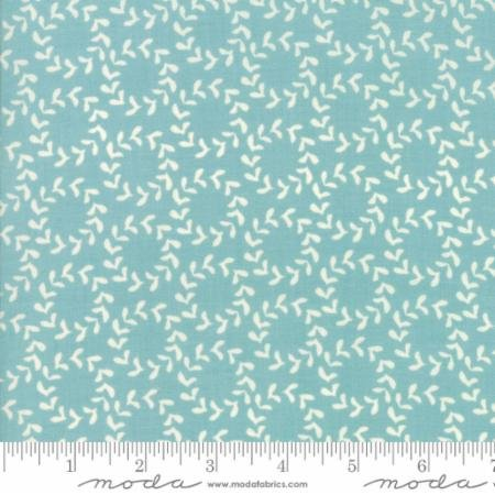Hometown Christmas Icey Aqua Wreath 5662 26 Moda by Sweetwater for Moda