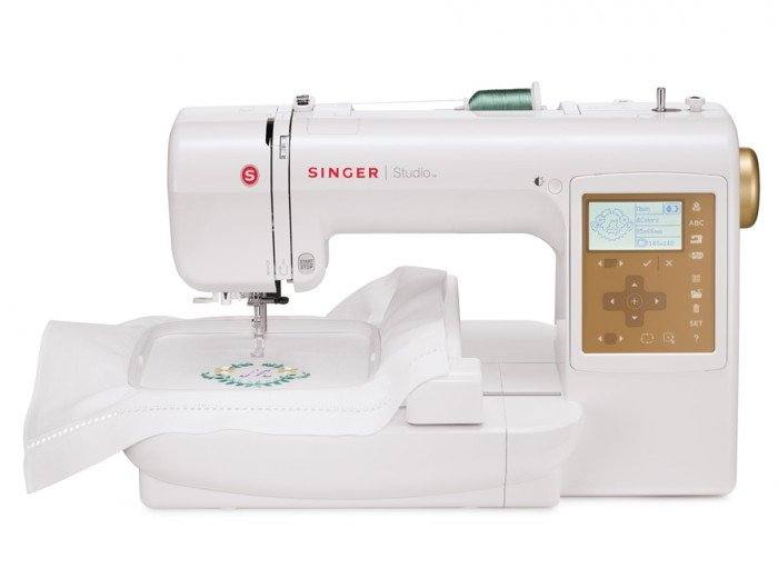 S10 STUDIO Embroidery Machine