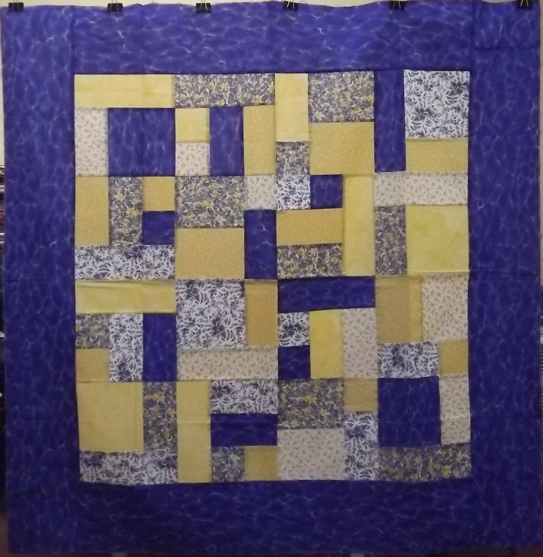 Free Quilt Pattern For Yellow Brick Road : Yellow Brick Road Lap Quilt
