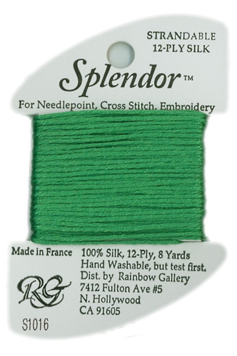S1016 Medium Christmas Green