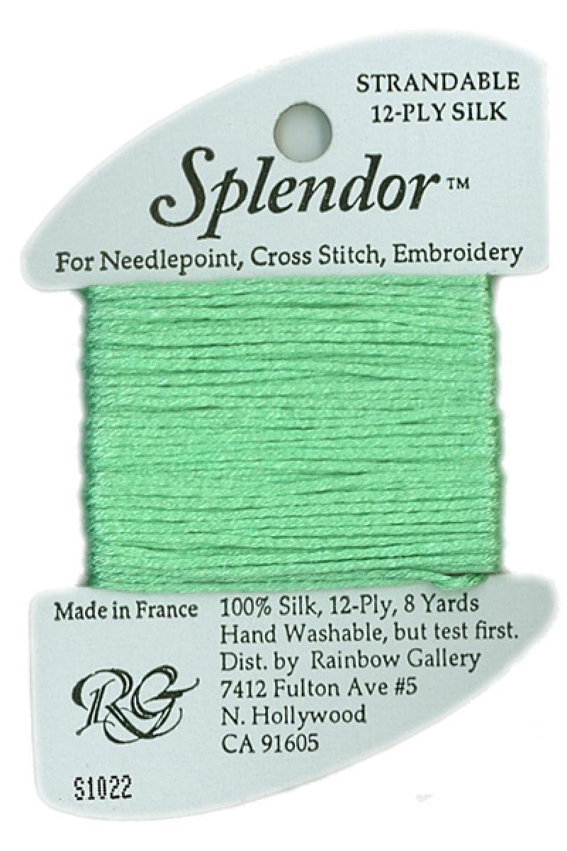 S1022 Green Blush