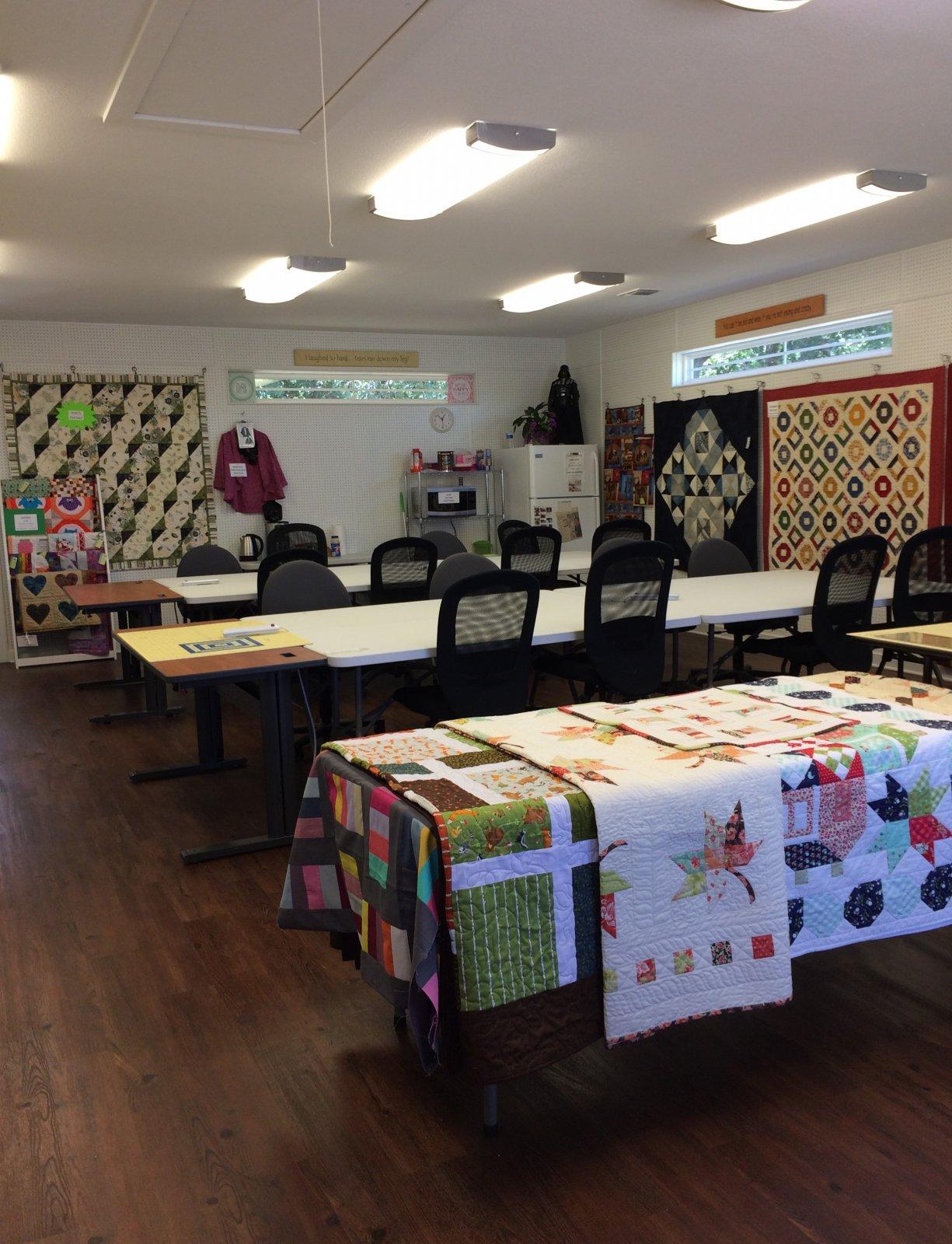 Patti S Last Resort Quilt Shop Amp Retreat Center