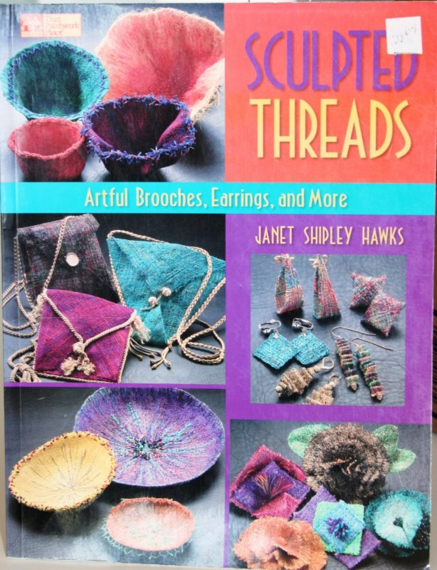 That Patchwork Place Sculpted Threads Book B829 744527108299