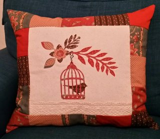 Sizzix Birdcage Cushion with Susan English