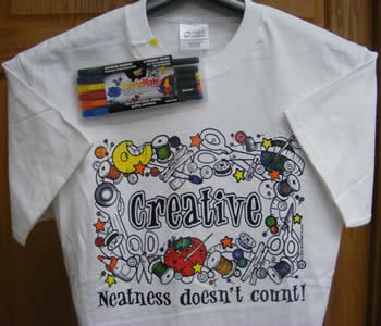 COMBO: Creative: Neatness doesn�t count! T-Shirt + Standard Color Dye Pen Set