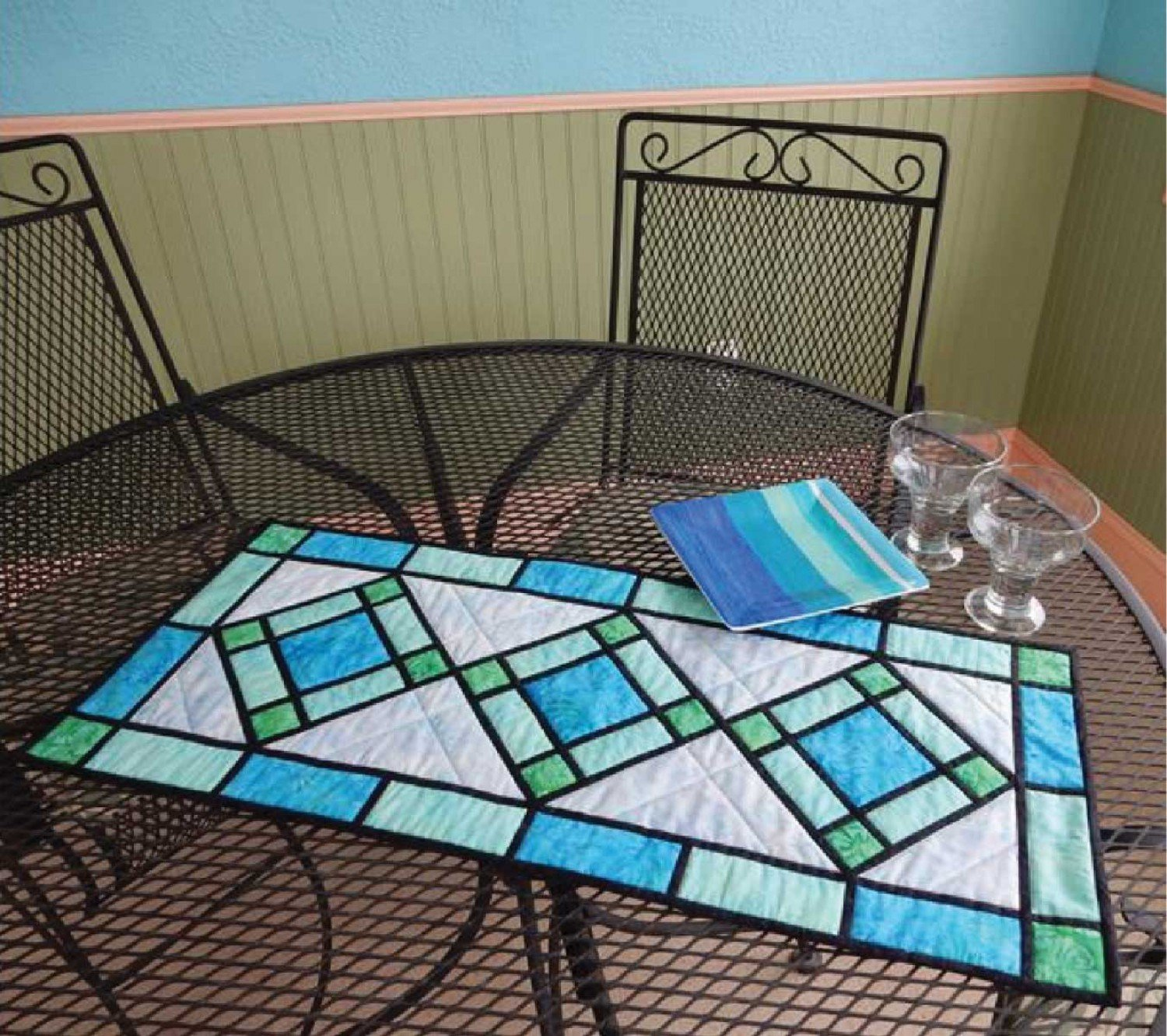 Stained Glass Coffee Table Book: Patterns