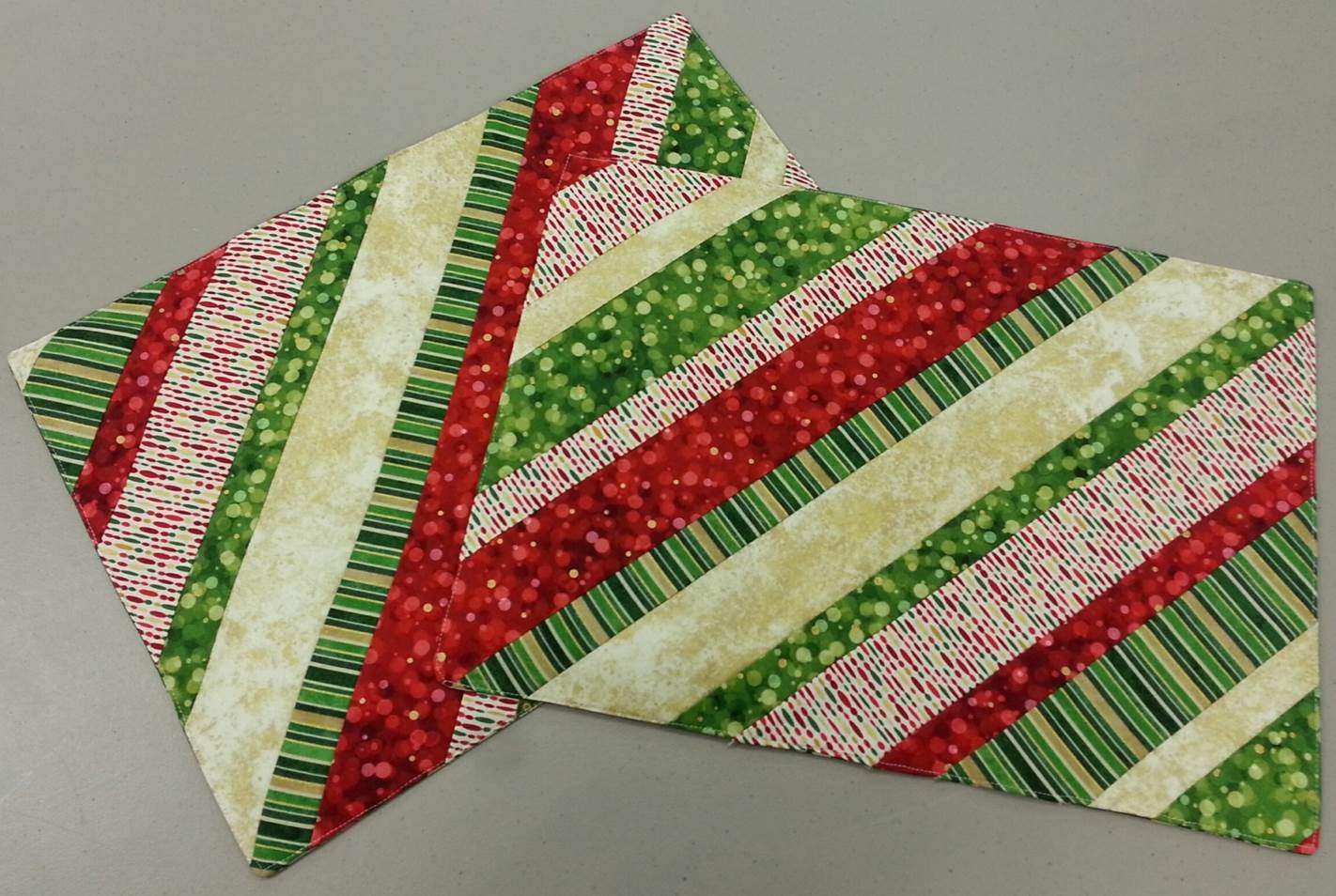 12 Days of Christmas Series - Day 10 - Quilt As You Go ...
