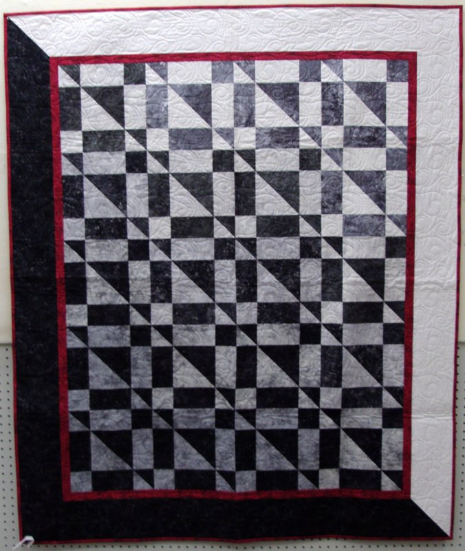 Black and white modern quilt for Modern house quilts