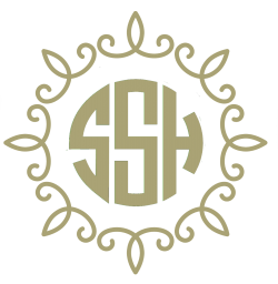 circular monogram with frame