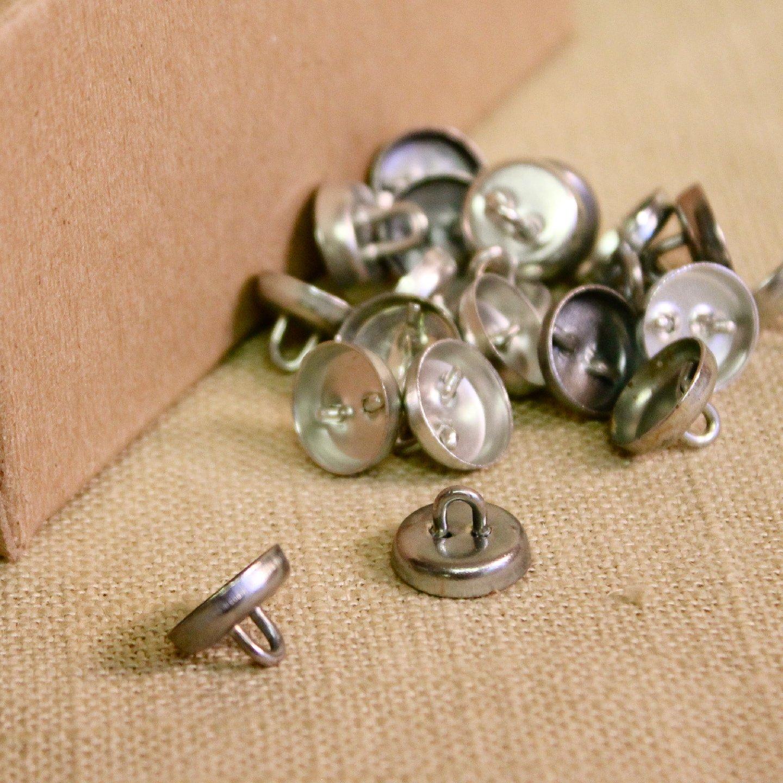 loop back upholstery buttons. Black Bedroom Furniture Sets. Home Design Ideas