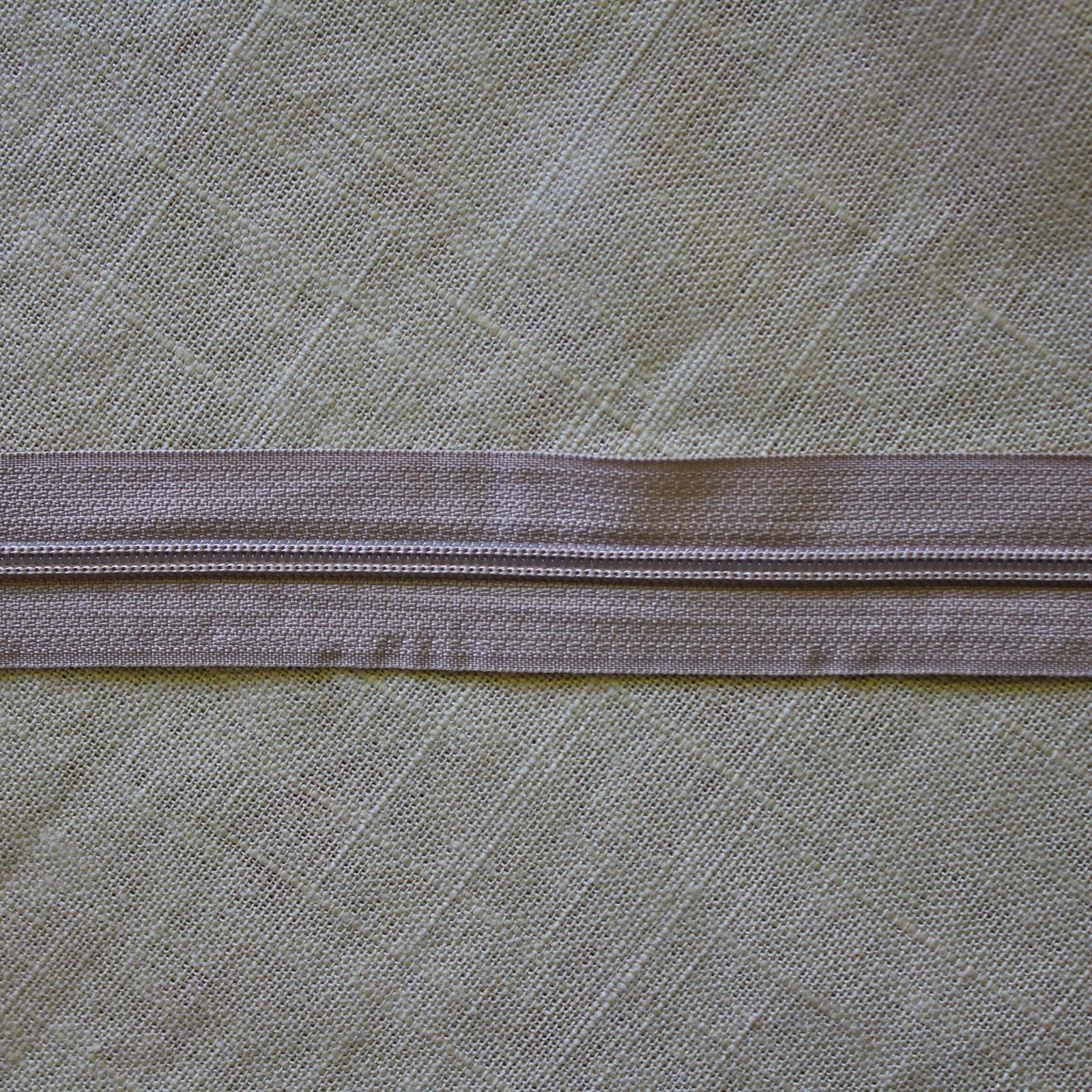 Zipper Nylon 4
