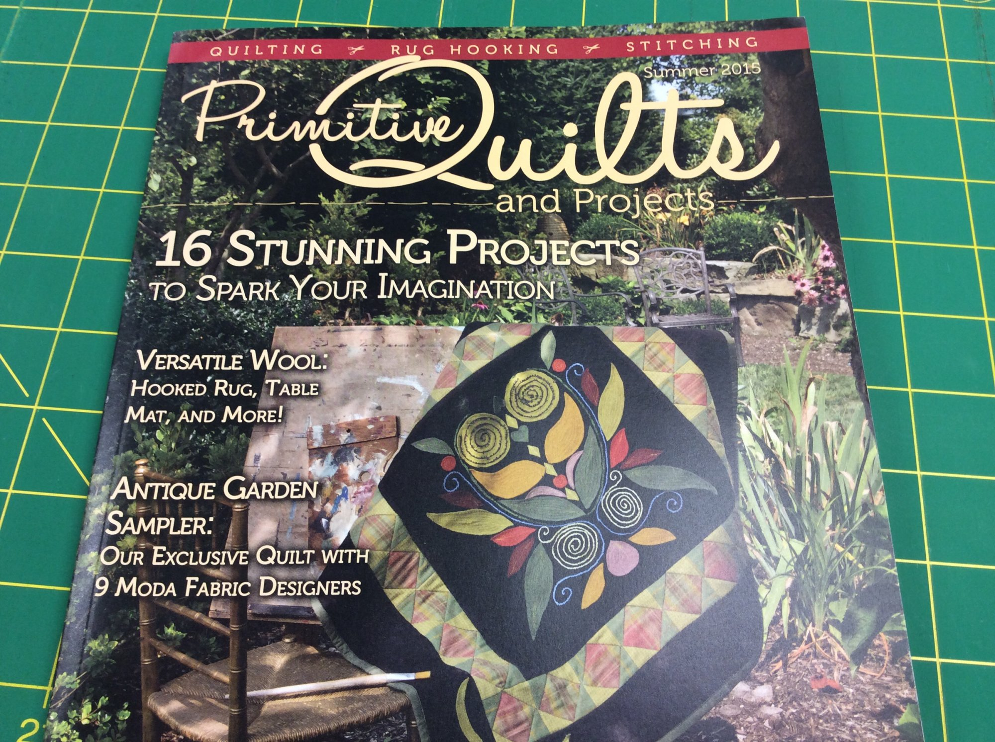 Quilts Project Magazine Summer 2015 : primitive quilts and projects - Adamdwight.com