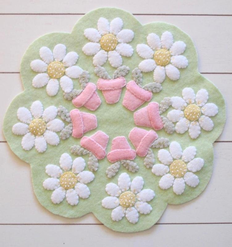 Spring Daisy Table Mat Kit