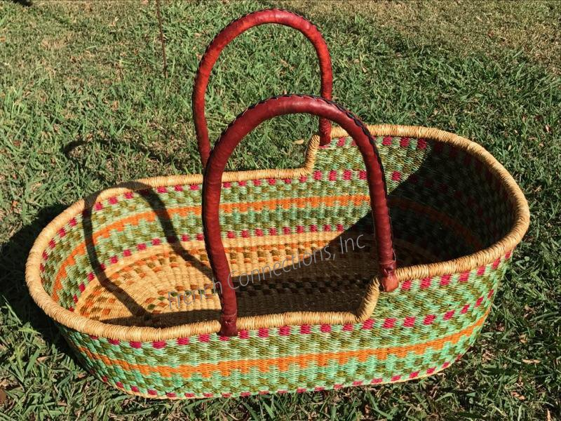 Moses Basket with Two Leather Handles #018