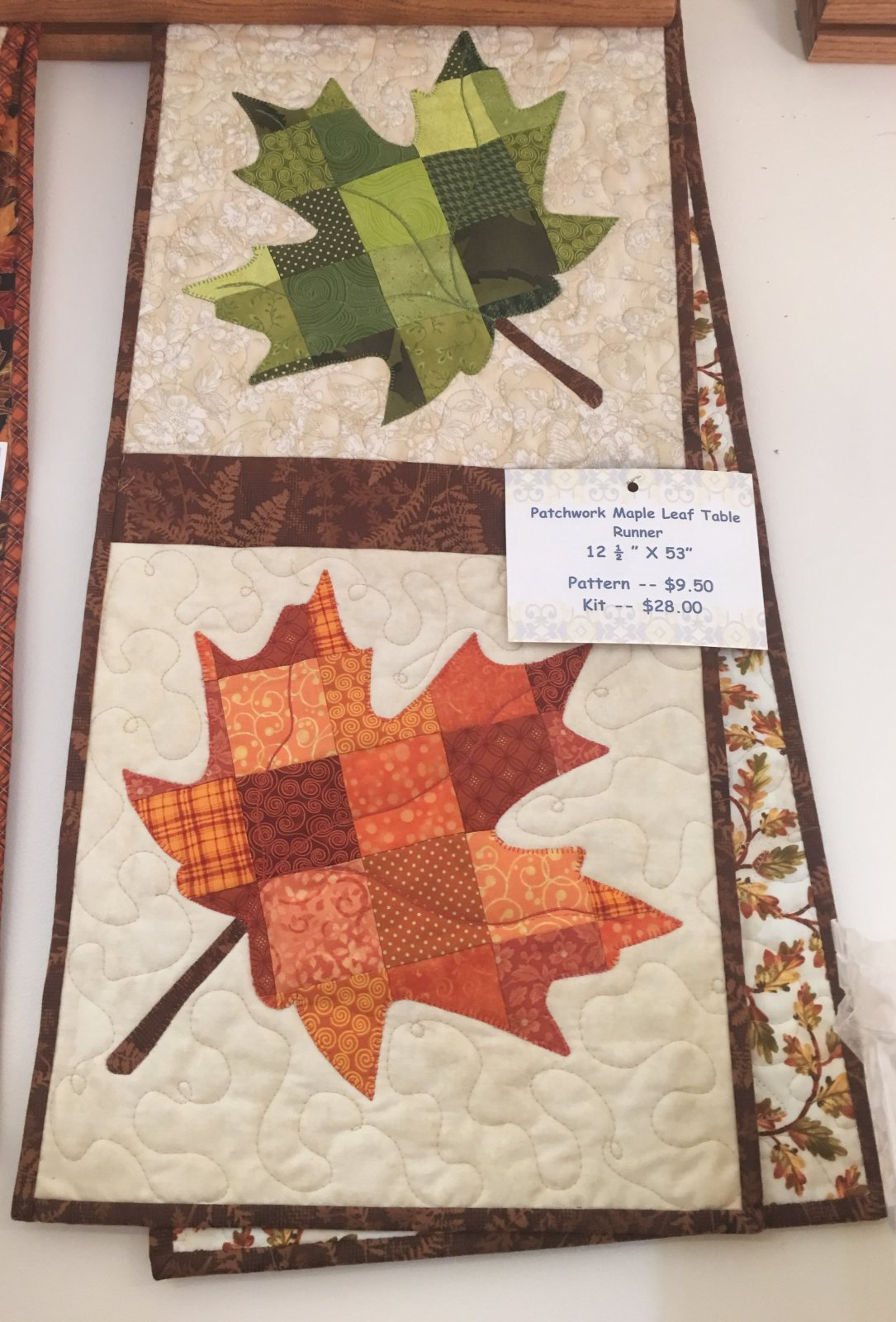 Maple Leaf Quilt Pattern Table Runner : Kits