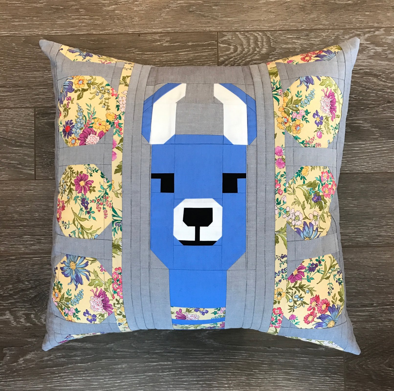 Lola Llama Blue Pillow Kit- Elizabeth Hartman