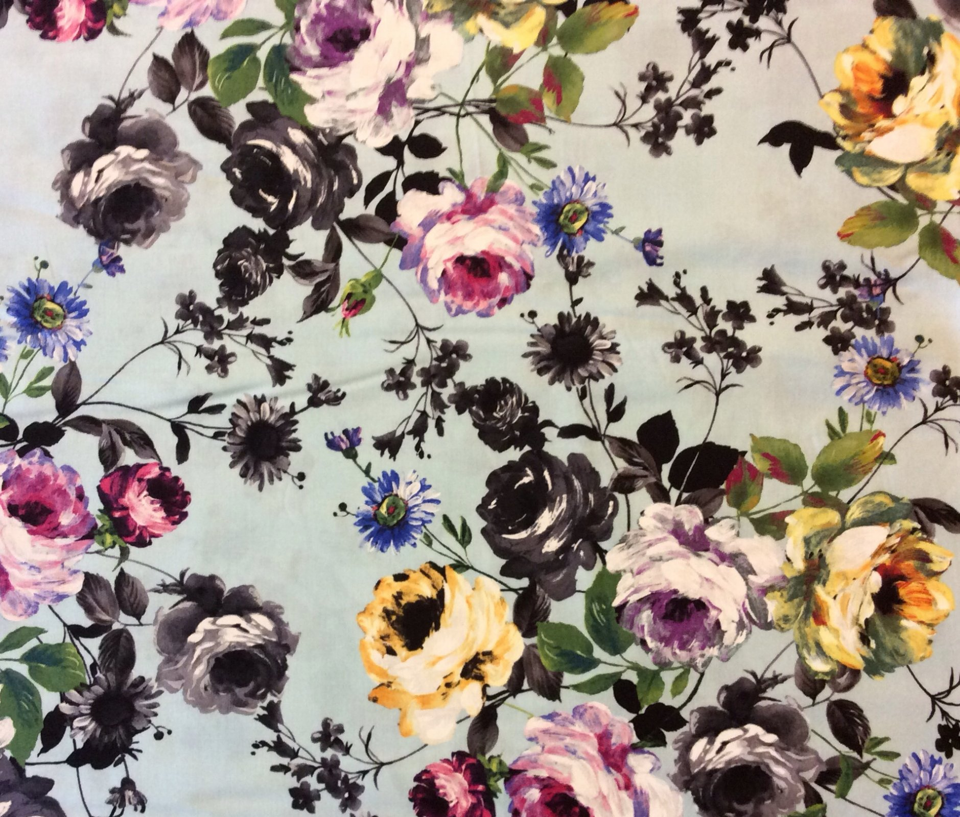 MM83 Floral Colorful Black And White Flowers Kitsch Rose