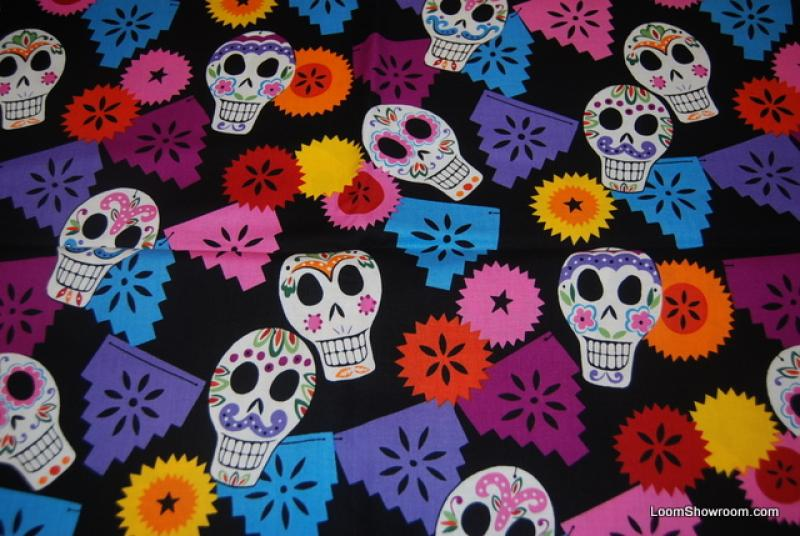 R35 Day of the Dead Sugar Skull Papel Picado Mexico Pueblo Alexander Henry Skulls Purple Pink Light Blue Black background Cotton fabric Quilt fabric