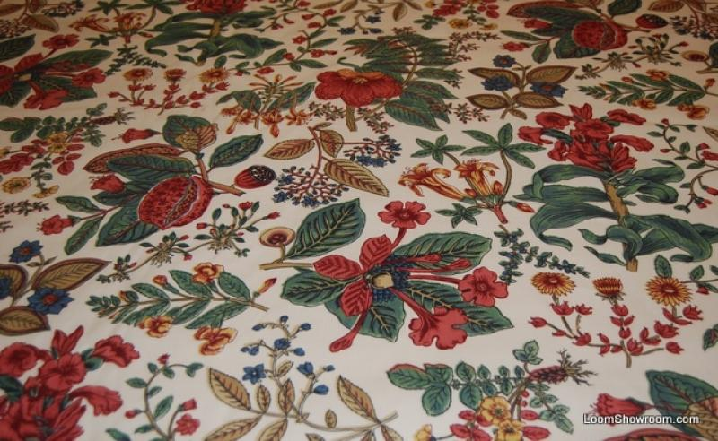WB140 Vintage Schumacher Williamsburg Botanical Classic Chintz Light Cream Background Red Floral Green Leaf Cotton Fabric Drapery Fabric