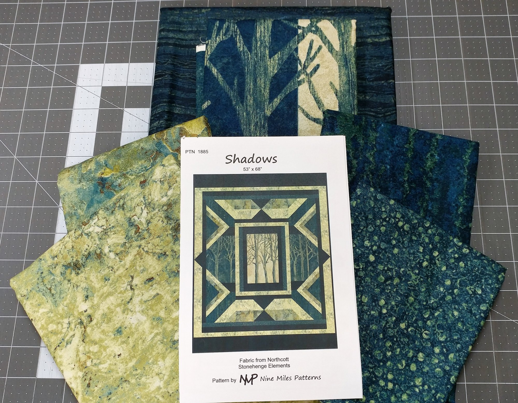 Shadows Fabric Kit, Fabric from Northcott, Pattern by Nine Miles Patterns : PTN-1885-Kit