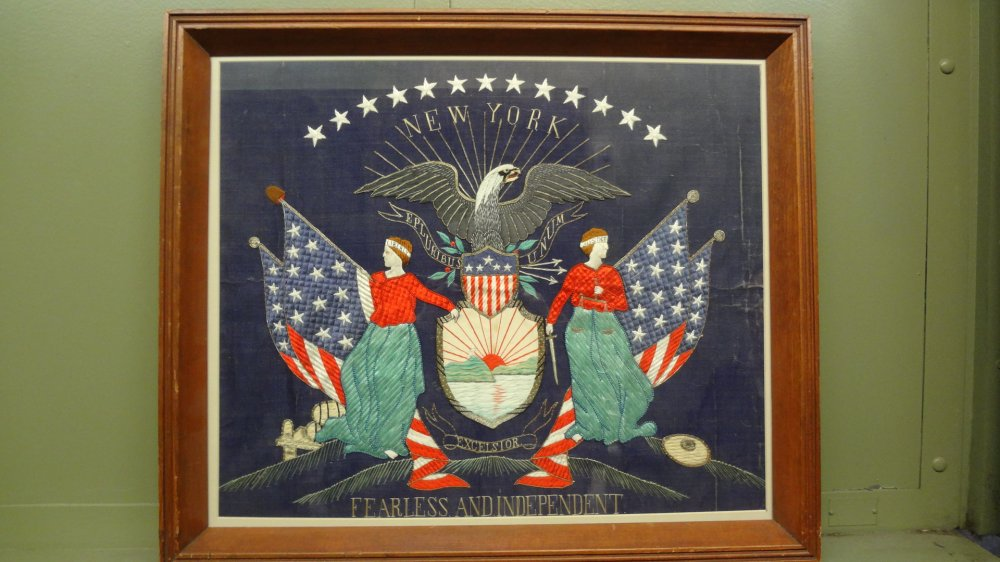 NEW YORK STATE SEAL SAILOR'S SILKWORK ANTIQUE PICTURE