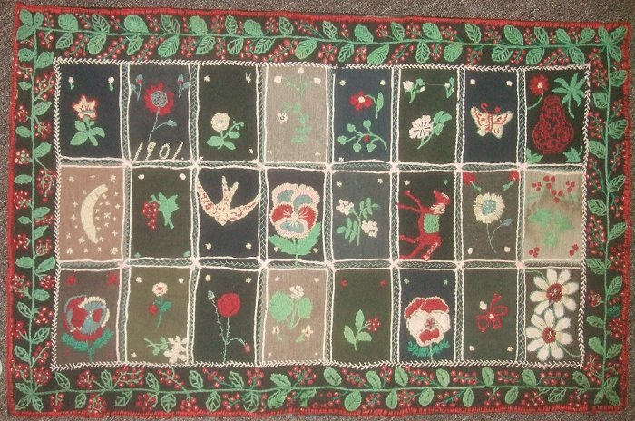 1901 PICTORIAL EMBROIDERED ANTIQUE TABLE RUG