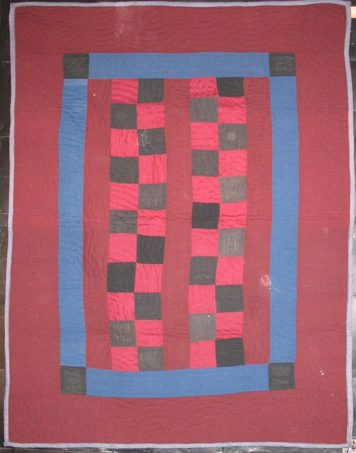 AMISH FOUR PATCH BARS ANTIQUE CRIB QUILT