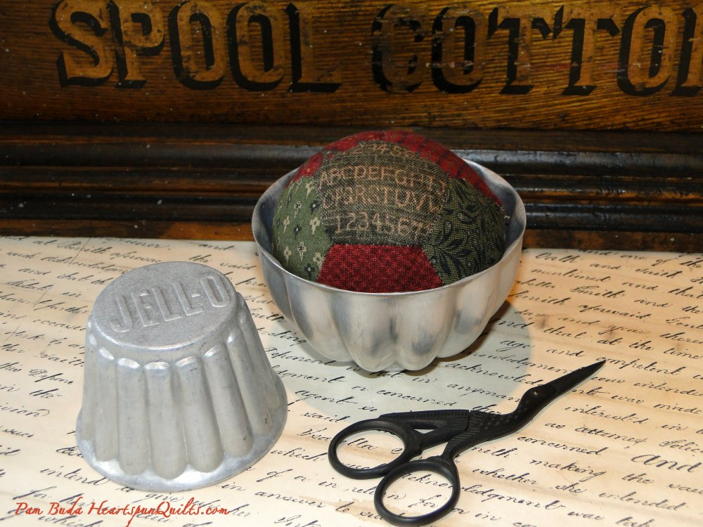 Tin Pinkeep Pincushion Kit